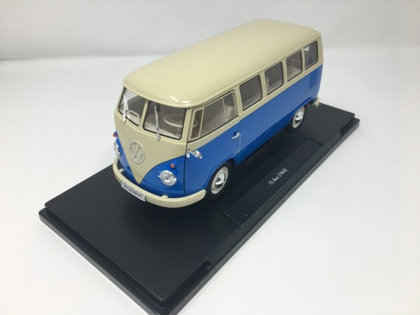 Modellauto 1:18 T1 Blau 1963